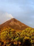 Volcán activo Imagen de archivo
