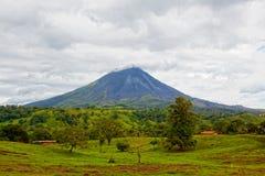 Volcán Arenal, Costa Rica Imagen de archivo libre de regalías