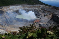 Volcán Costa Rica de Poas Imagen de archivo libre de regalías