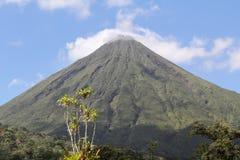 Volcán de Arenal, Costa Rica Foto de archivo