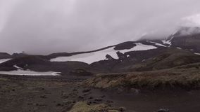 Volcán de Mutnovsky en Kamchatka metrajes