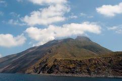 Volcán de Stromboli Imagen de archivo libre de regalías