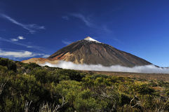 Volcán de Teide de lejos Imagen de archivo libre de regalías