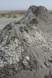Volcán del fango dos en el parque nacional de Gobustan Imagenes de archivo