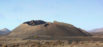 Volcán extinto imágenes de archivo libres de regalías