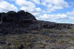 Volcán extinto el domicilio del diablo en el parque nacional Pali Aike en el sur de Chile imagenes de archivo