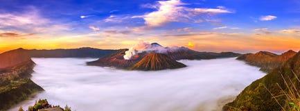 Volcán Gunung Bromo de Bromo del soporte imagenes de archivo