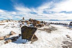 Volcán. Los Andes, camino Cusco- Puno, Perú, Suramérica. 4910 m arriba. La cordillera continental más larga del mundo Foto de archivo libre de regalías