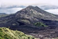Volcán recientemente despertado Gunung-Batur foto de archivo