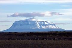 Volcán solo de Herðubreið Foto de archivo libre de regalías