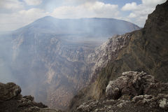 Volcán y el agujero Fotografía de archivo