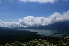 Volcan actif Images stock