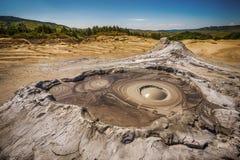 Volcan boueux actif Images libres de droits
