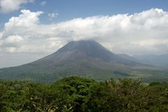 Volcan d'Arenal au Costa Rica Images stock