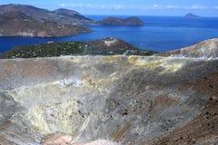 Volcan dans les îles éoliennes Photographie stock libre de droits