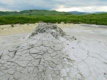 Volcan de boue dans Buzau, Roumanie image libre de droits
