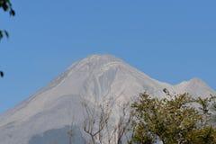 Volcan de Colima - Colima vulkan Arkivfoton