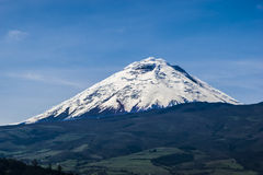 Volcan de Cotopaxi en Equateur Photo libre de droits