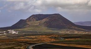 Volcan de la Corona在兰萨罗特岛 免版税库存照片