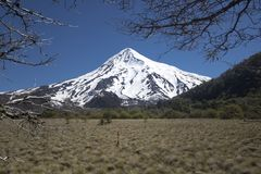 Volcan Lanin,巴塔哥尼亚,阿根廷 免版税库存照片