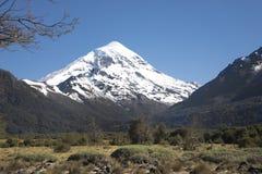 Volcan Lanin,巴塔哥尼亚,阿根廷 图库摄影
