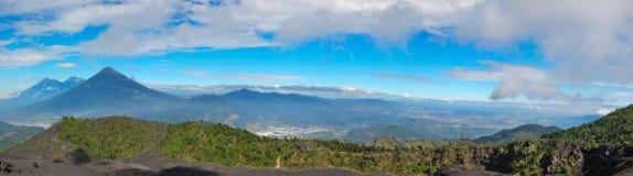 Volcan Pacayan在安提瓜岛,危地马拉 免版税库存照片