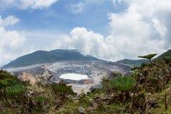 volcan poas Royaltyfri Bild