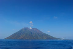volcan sicily strombolis Arkivfoton