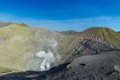 Volcano Bromo è un vulcano attivo del cratere, parco nazionale di Tengger Semeru, East Java, Indonesia fotografia stock libera da diritti