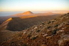 Volcano Caldera Blanca på den Lanzarote ön arkivbild
