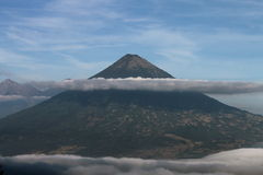 Volcano With Cloud Stockbilder