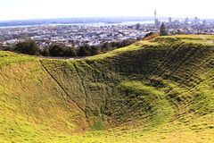 Volcano crater in Auckland in New Zealand Royalty Free Stock Photos