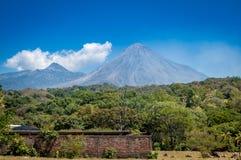 Volcano de Fuego stock foto's