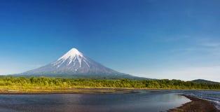 Volcano Kronotsky, Russland Lizenzfreies Stockbild