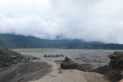 Volcano Mount Bromo Eruption östliga Java Indonesia Arkivfoto