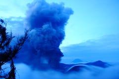 Volcano Mt Bromo Erupting Images stock