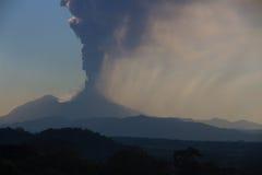 Volcano Pacaya que entra em erupção