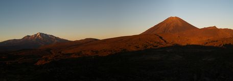 Volcanoes during sunrise. In tongariro park in new zealand Royalty Free Stock Photos