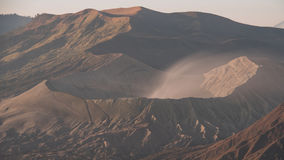 Volcans de Bromo, de Batok et de Semeru au lever de soleil, île de Java, Tengg Image libre de droits