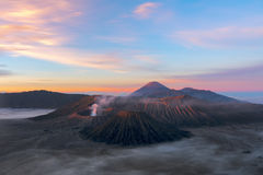 Volcans de parc national de Bromo, Java, Indonésie Le deuxième e Photos libres de droits