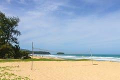 Voleibol de praia na praia Foto de Stock Royalty Free