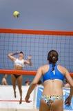 Voleibol en playa fotos de archivo libres de regalías