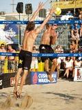 Voleibol Manhattan Beach, CA de los hombres de AVP Imagen de archivo libre de regalías