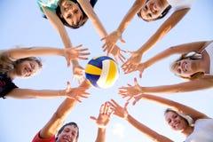 Voleibol na praia Foto de Stock