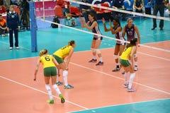 Voleibol WGP: El Brasil CONTRA los E.E.U.U. Fotografía de archivo libre de regalías