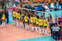 Voleibol WGP: El Brasil CONTRA los E.E.U.U. Imágenes de archivo libres de regalías