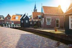Volendam del pueblo pesquero en los Países Bajos foto de archivo