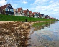 Volendam by, Nederländerna arkivbild