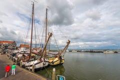 Volendam port, Nederländerna royaltyfri fotografi
