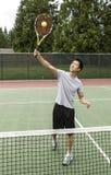 Voleo de arriba del tenis fotos de archivo